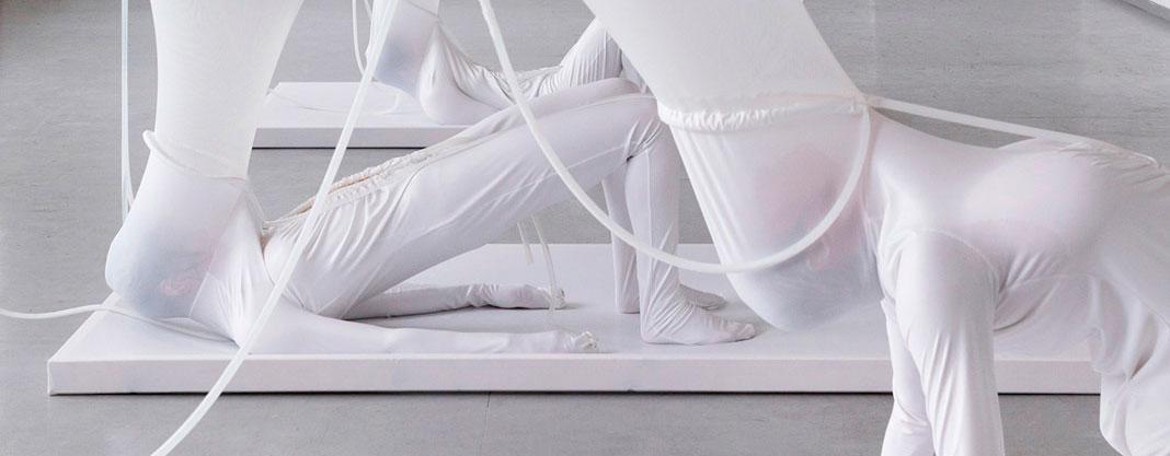 Malin Bülow: Elastic Bonding , 2019